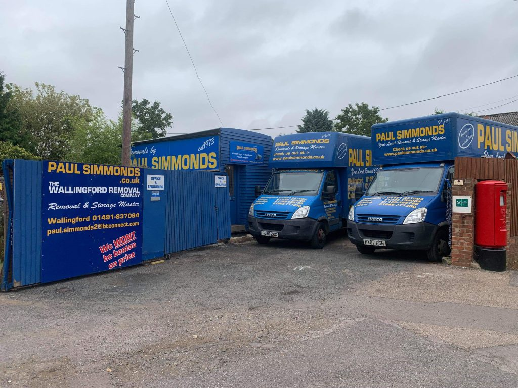 Chris & Dave take over Paul Simmonds Removals